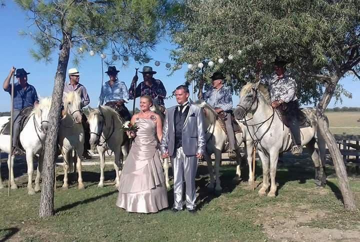 Prestations séance photos mariés gardians réception mariage anniversaire baptême manade Chaballier